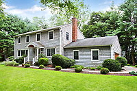 Stylish 4 Bedroom Westport Colonial